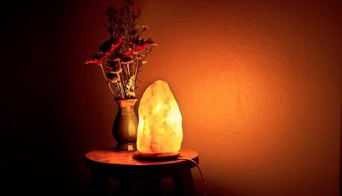 Using a salt lamp
