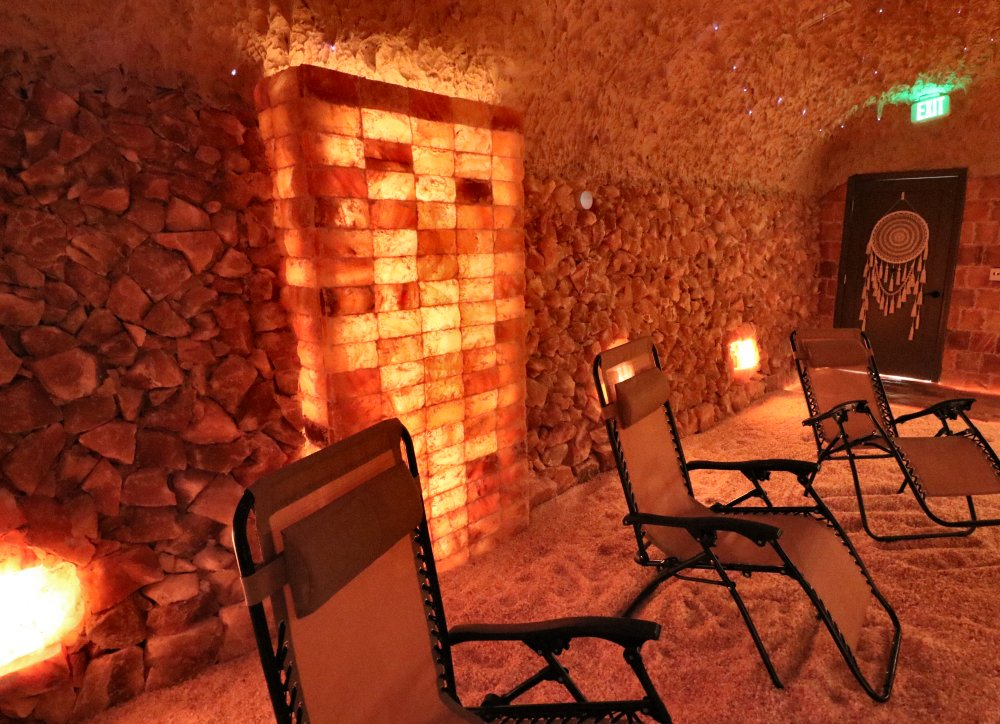 Illuminated brick pillar